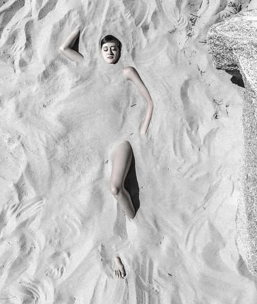 Giulia Buried.jpg