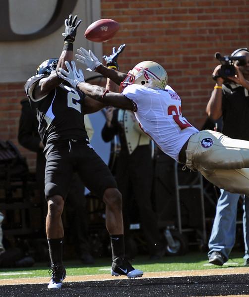 Chris Givens TD catch.jpg