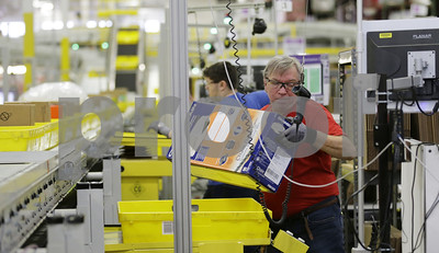 amazon-goes-on-hiring-spree-as-labor-market-tightens