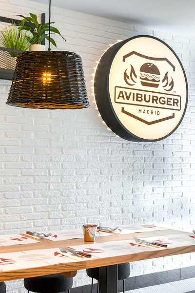 AVIBURGUER-08.jpg