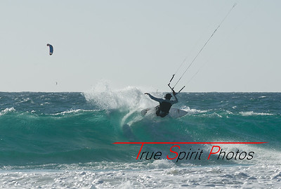 Kitesurfing November 2012 - April 2013