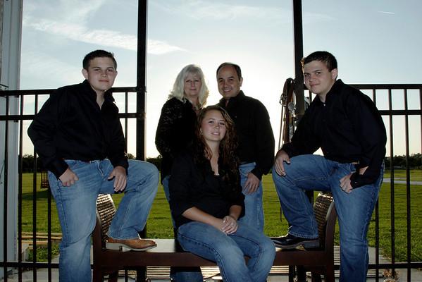 RAMIREZ FAMILY 2008