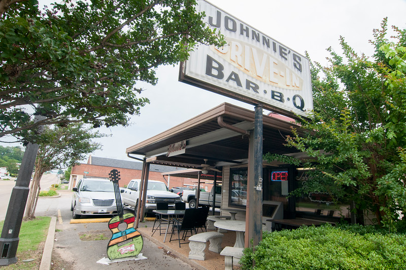 Johnnie's Drive-In in Tupelo, Mississippi
