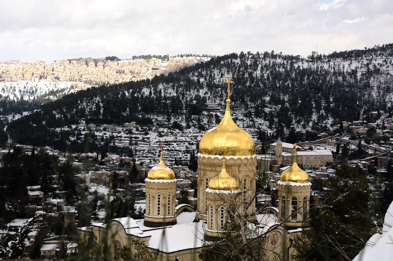 ירושלים של זהב בשלג.jpg