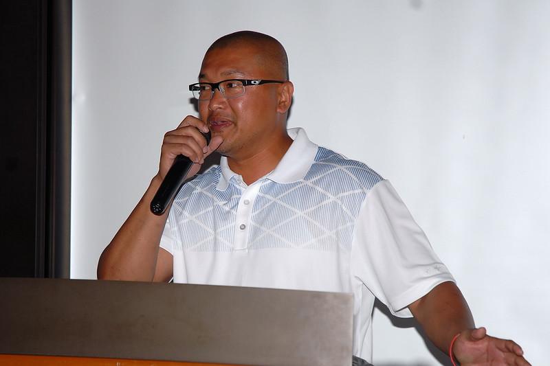 DSC_0192president James.JPG