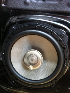 Land Rover Speaker Installations