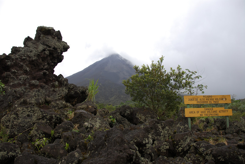 080126 0020 Costa Rica - La Fortuna - Arenal Volcano _L ~E ~L.JPG