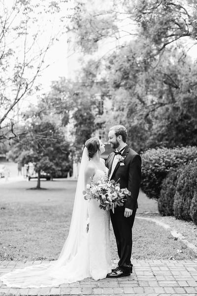 473_Ryan+Hannah_WeddingBW.jpg