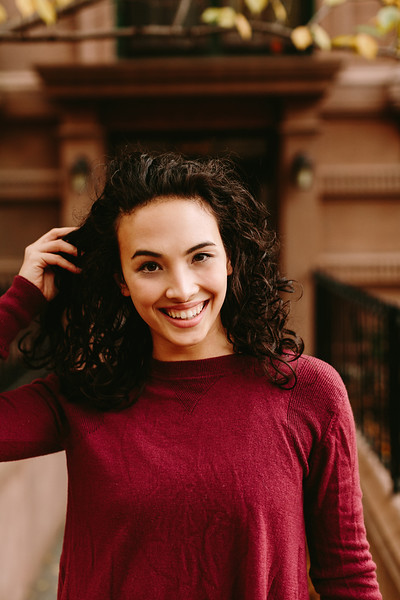 @alicertb 5'2   Shirt S   Dress: 4   Shoes 6.5-7   120 lbs Ethnicity: Spanish Skills: Spanish Ballet and Jazz Dancer 15+ years, Expert Cycling, Yoga, Pilates and Swimming