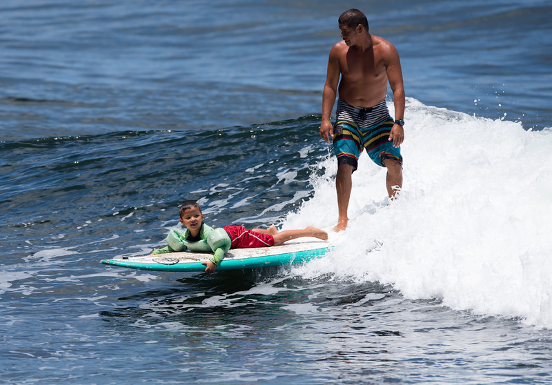 Family Surfing