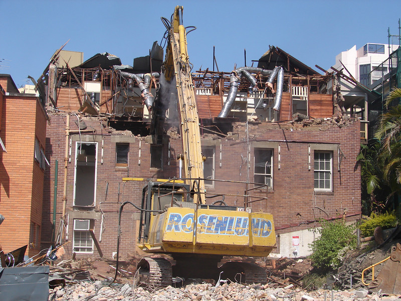 Chaplin Building demolition 017.jpg