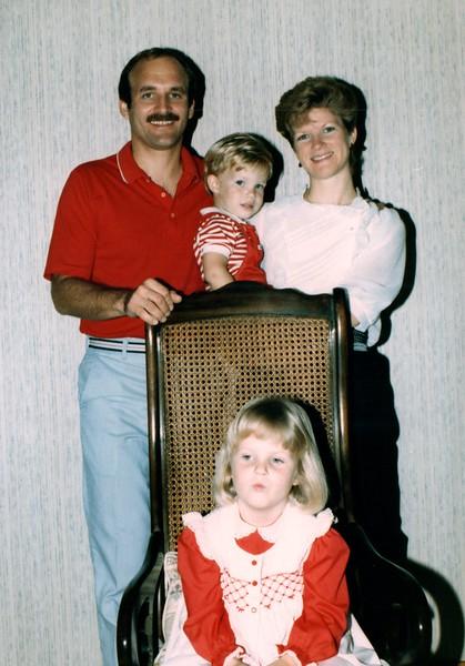1985_December_Longwood_Christmas_0015_a.jpg