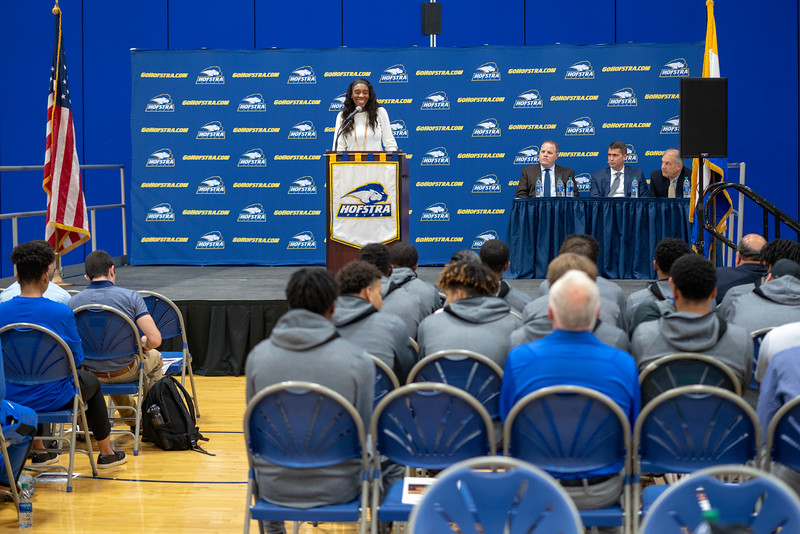 20191023_Hofstra_Basketball_Media_Day_059.jpg
