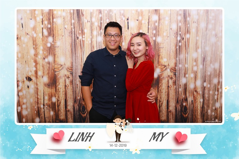 Linh-My-wedding-instant-print-photo-booth-in-Ha-Noi-Chup-anh-in-hnh-lay-ngay-Tiec-cuoi-tai-Ha-noi-WefieBox-photobooth-hanoi-100.jpg