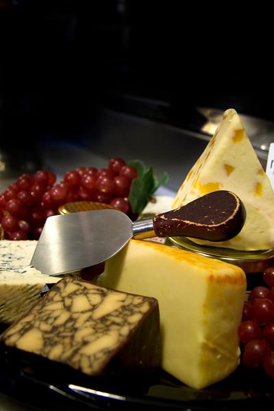 cheese-tray_3375948011_o.jpg