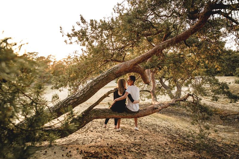 HR - Loveshoot Fotosessie Soesterduinen - Esther+Igor - Karina Fotografie-50.jpg