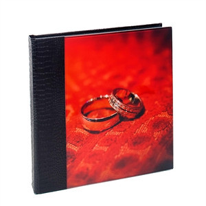 Acrylic Album Croc Black  The cover is made from high quality acrylic which is ground and polished.  Your chosen image is mounted behind the acrylic panel. The spine & back has a 'crocodile' effect material.