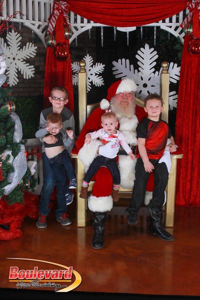 Santa 12-17-16-364.jpg