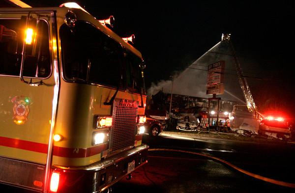 Trenton, ON - November 13, 2008 - General Alarm - Bay Marine Company (Highway 2)