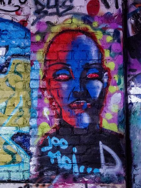 tampere graffiti head.jpg