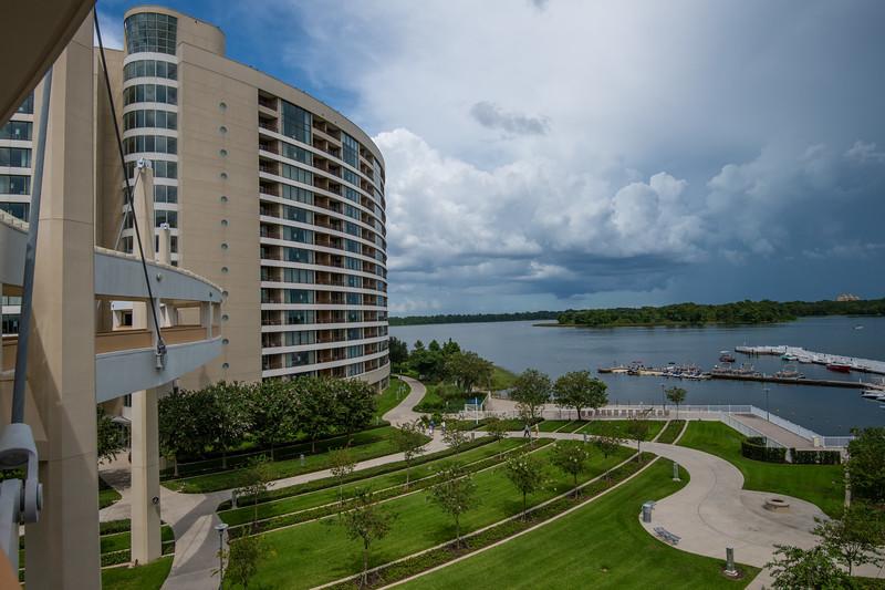 Dinsey Resorts-2-607.jpg