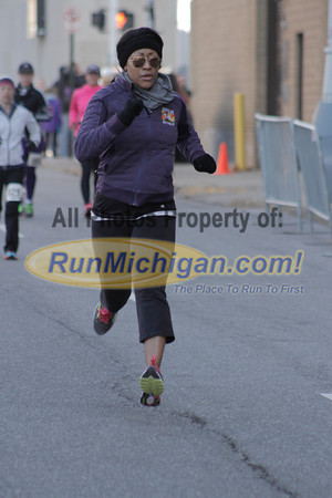Finish, Gallery 5 - 2014 Cocoa Classic Detroit Half Marathon