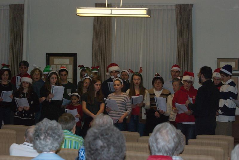 2014-12-10-Christmas-Caroling-at-Sisters-of-Divine-Providence_020.jpg