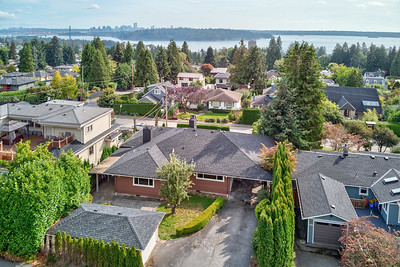 1525 Kings Ave, West Vancouver