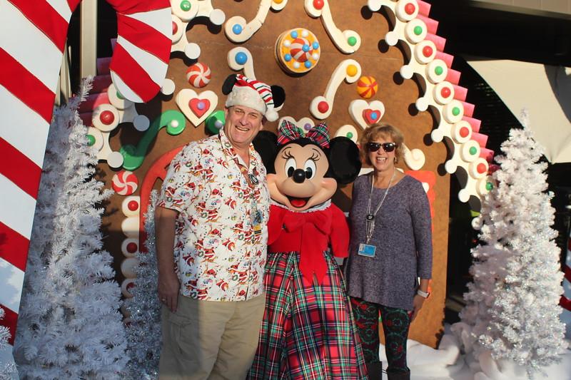 Walt_Disney_Imagineering_Holiday_2017_Individuals_ (50).JPG