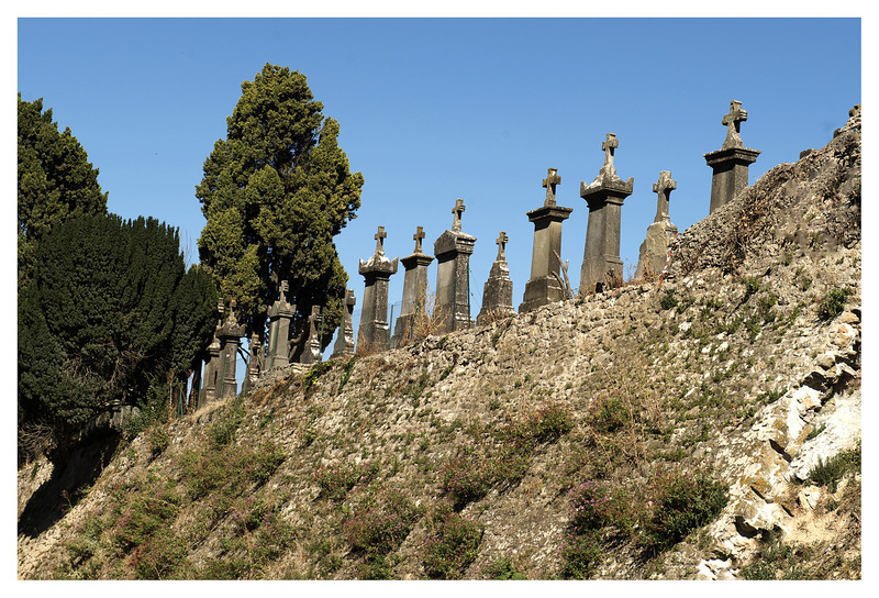cemetery carcassone.jpg