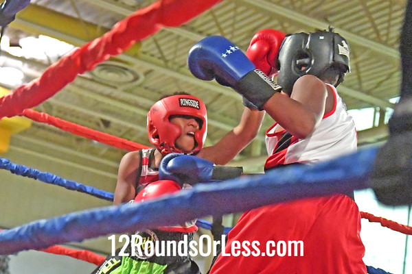 Bout 7 Demario Johnson, BG, East Cleveland -vs- Dominic Session, RG, Buffalo, 105 #
