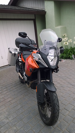 KTM1190
