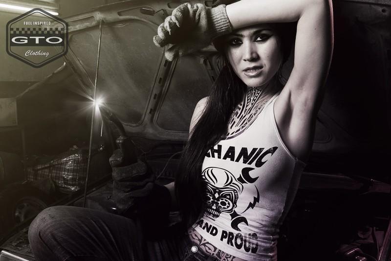 Woman / Tanktop / Mechanic