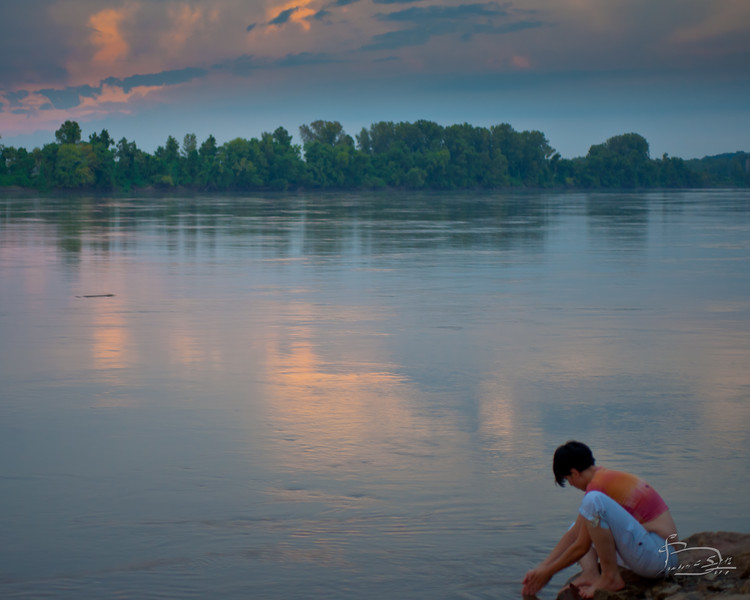 The Missouri River on a late summer afternoon.