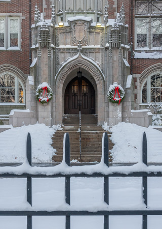 Emmanuel College: Christmas scenes 12/18/20