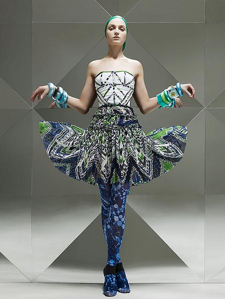 stylist-jennifer-hitzges-magazine-fashion-editorial-creative-space-artists-management-2.png