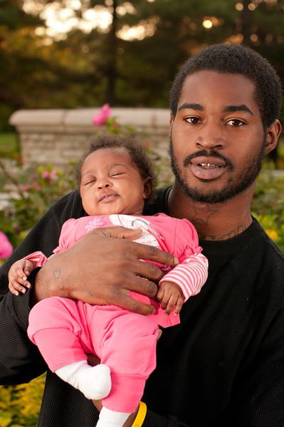 20110925-Peaches Family-6156.jpg