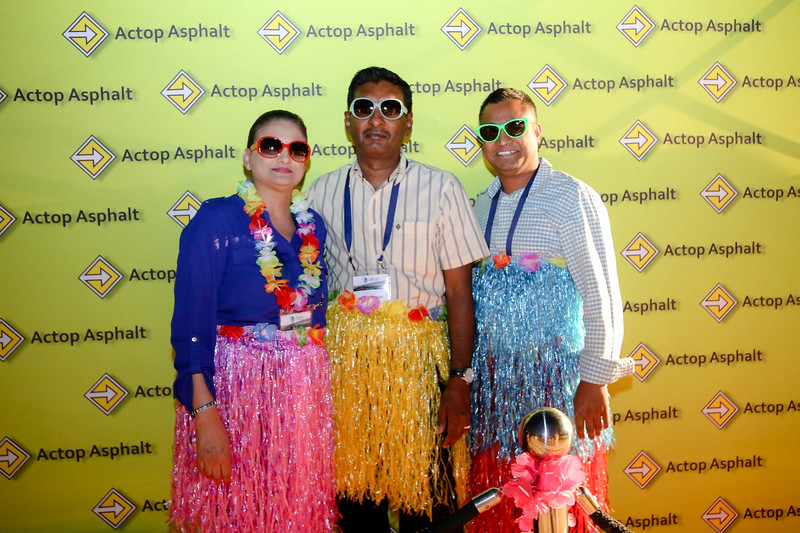 Beach party - Photobooth-6181.jpg