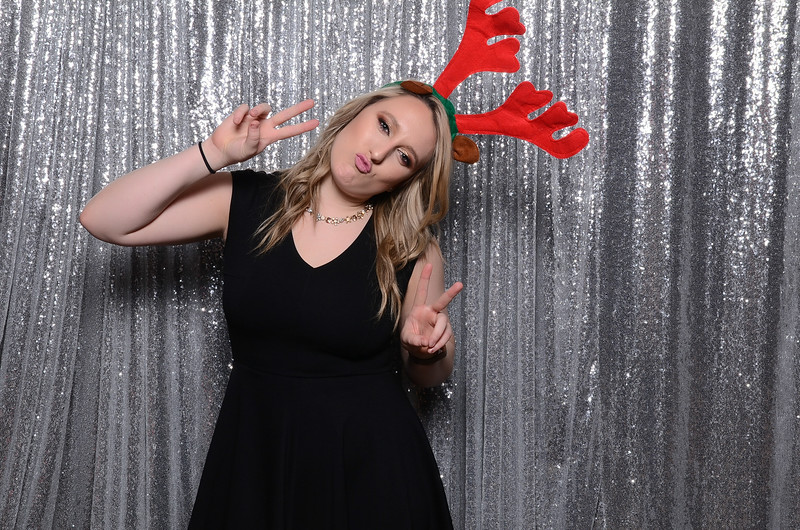 nwg residential holiday party 2017 photography-0044.jpg