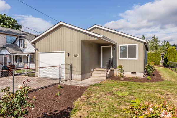 9508 SE 74th,  Milwaukie OR