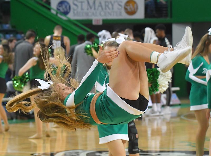 cheerleaders0678.jpg
