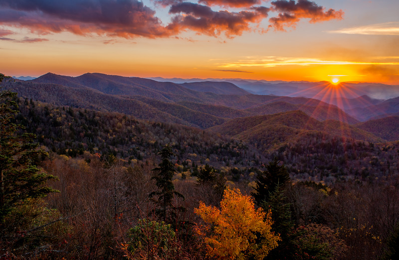NC-BLUE RIDGE SUNSET-0120-Edit.jpg