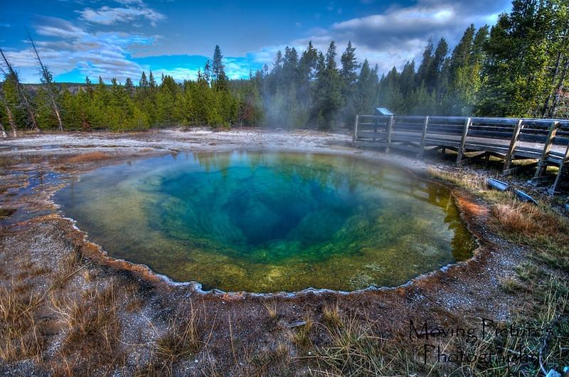 Yellowstone NP - Morning Glory Pool