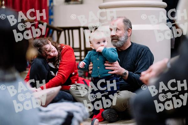 © Bach to Baby 2019_Alejandro Tamagno_Regent's Park_2019-12-13 019.jpg