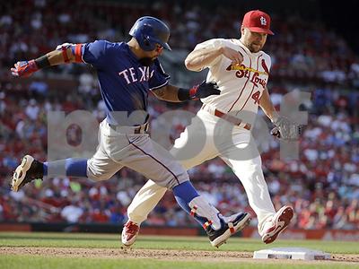 texas-rangers-overcome-threerun-deficit-to-beat-st-louis-cardinals-43