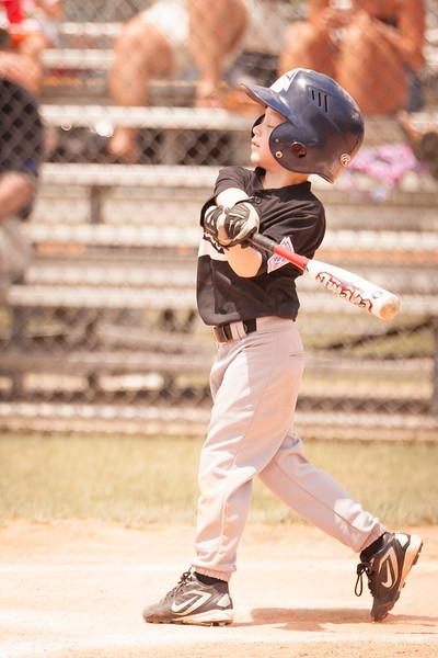 Younger Baseball-131.jpg
