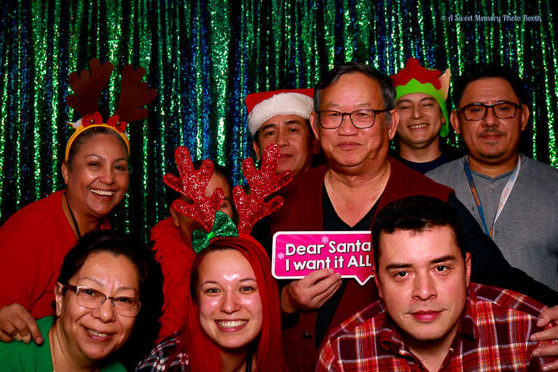 Medtronic Holiday Party -415.jpg