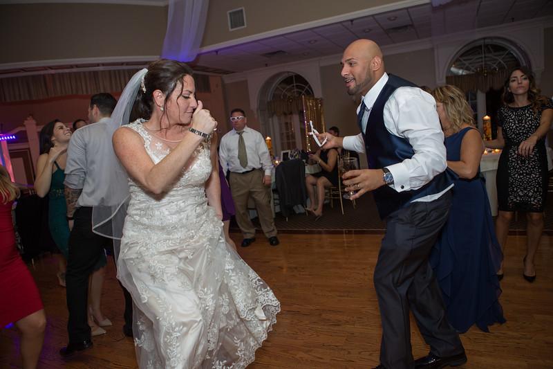 MRN_1715_Loriann_chris_new_York_wedding _photography_readytogo.nyc-.jpg.jpg