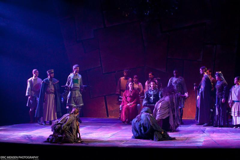Macbeth-009.jpg
