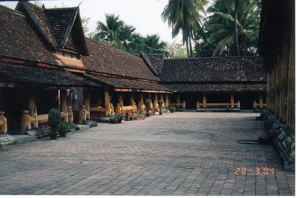 25_Vientiane_Wat_Si_Saket.jpg